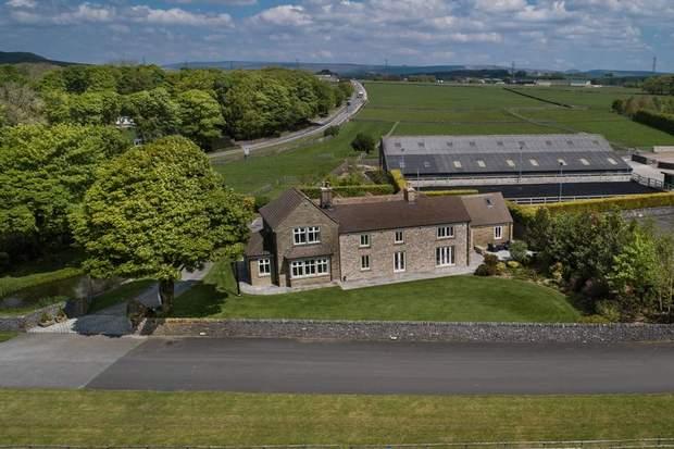 Barms Farm, Fairfield Common, Buxton - Image 1