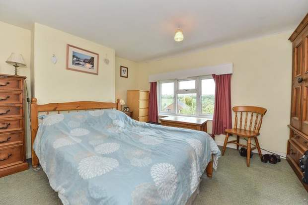 Clover Cottage, 2 Chapel Terrace, Fenny Bentley, Ashbourne - Image 9