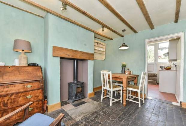 Clover Cottage, 2 Chapel Terrace, Fenny Bentley, Ashbourne - Image 6