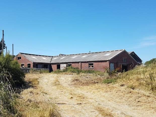 Barn at Ashbrook Farm, Orange Lane, Abbots Bromley, Rugeley - Image 1