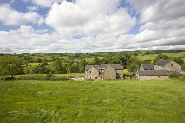 Shay Side Farm, Warslow, Nr Hartington , Buxton - Image 2
