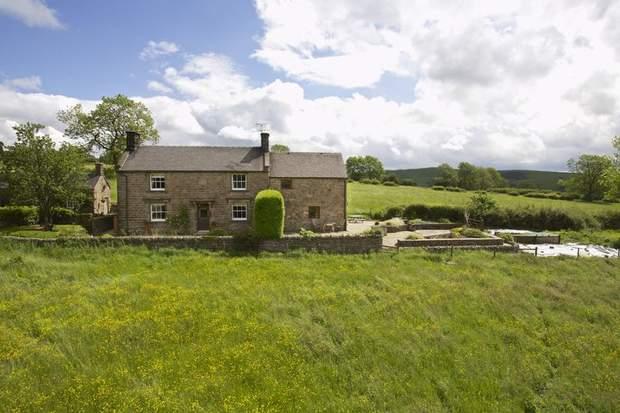 Shay Side Farm, Warslow, Nr Hartington , Buxton - Image 1