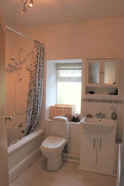 1 Thacker Villas, Ridgeway, Ambergate, Belper - Image 13