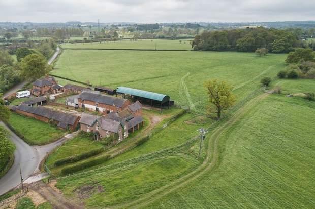 Hanch Farm, Lysways Lane, Hanch, Lichfield - Image 2