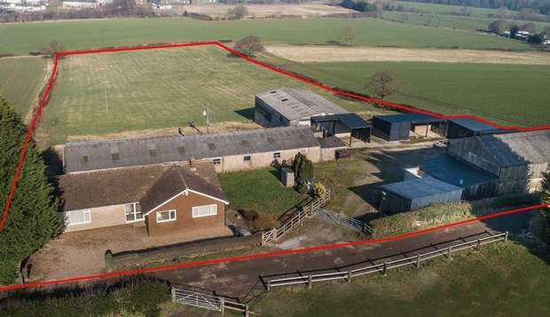 Ockley Farm, Dyche Lane, Coal Aston, Dronfield - Image 1