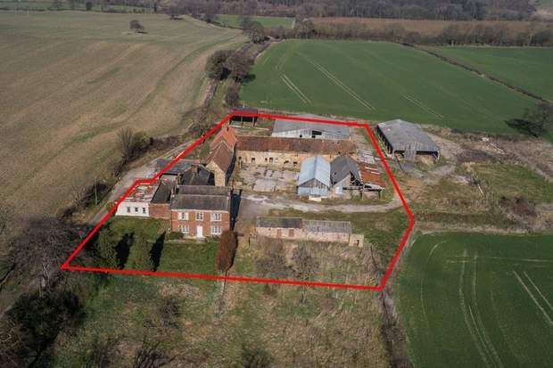 White Lodge Farm, Breck Lane, Barrow Hill, Chesterfield - Image 1