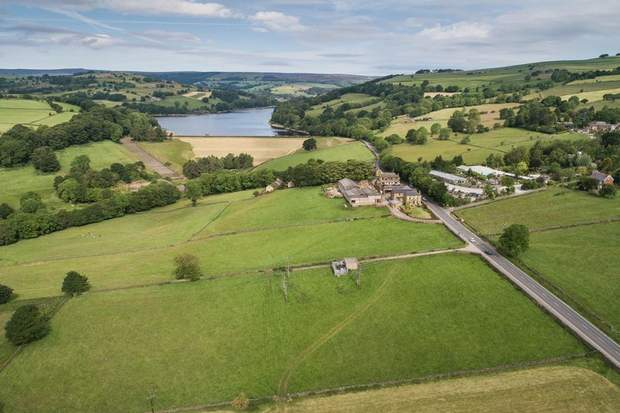 Lot 1 - Stacey Bank Farm, Stacey Bank, Loxley, Sheffield - Image 2