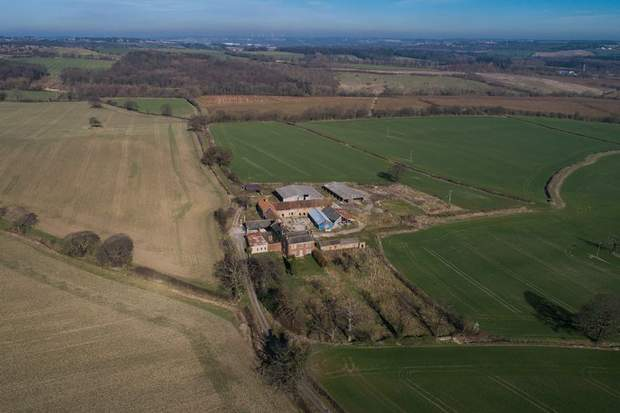 White Lodge Farm, Breck Lane, Barrow Hill, Chesterfield - Image 7