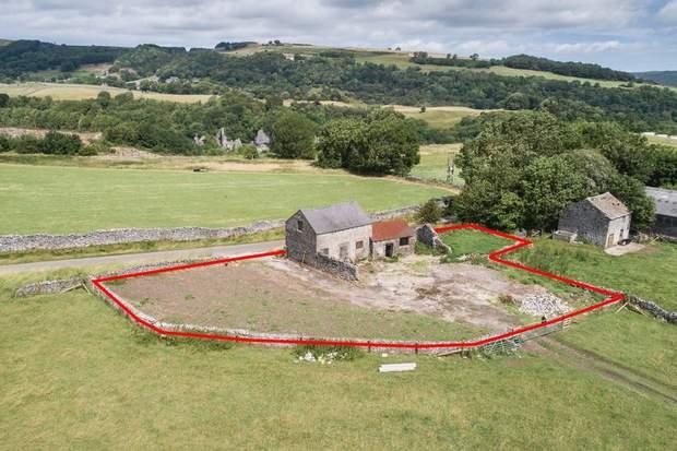 Barn at Highfields Farm, Middleton Lane, Stoney Middleton, Hope Valley - Image 1