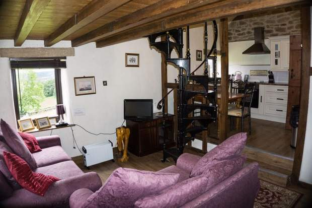 Swallow Cottage, Pilhough, Stanton-in-the-Peak, Bakewell - Image 22