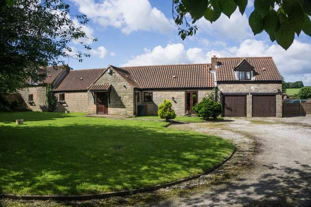 Meadow View, Stony Houghton, Mansfield - Image 1