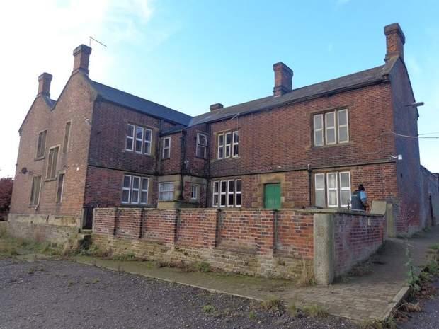 White Lodge Farm, Breck Lane, Barrow Hill, Chesterfield - Image 4