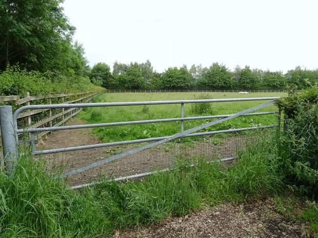Land off, Grove Lane, Doveridge, Ashbourne - Image 4
