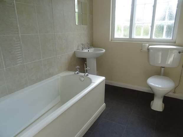 3 The Cottages, Greendale Lane, Oakamoor, Stoke-On-Trent - Image 3