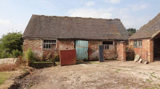 The Barns, Grange Farm, Bramshall - Image 3