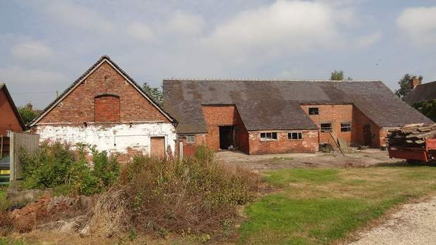 The Barns, Grange Farm, Bramshall - Image 6
