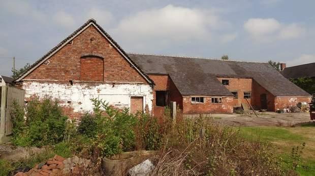 The Barns, Grange Farm, Bramshall - Image 2