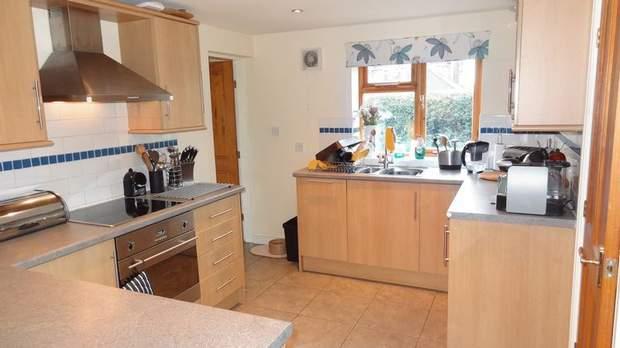 Holly Cottage, Stubwood Lane, Stubwood, Denstone - Image 5