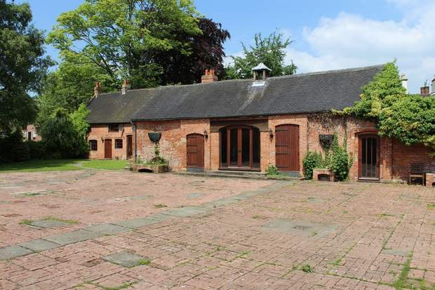 Lawn Cottage, Main Street, Etwall, Derby - Image 2