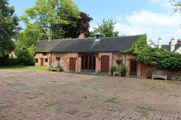 Lawn Cottage, Main Street, Etwall, Derby - Image 3