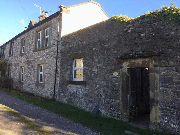 White Rock Cottage , Sterndale Lane , Litton, Buxton - Image 2