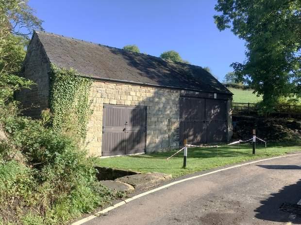 Barn off , Lindway Lane, Brackenfield, Alfreton - Image 1