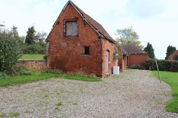 Barn Adjacent to Grange Farm, Bramshall, Uttoxeter - Image 3