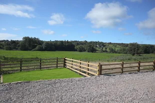 Cavendish Barn, Winkhill, Leek - Image 4