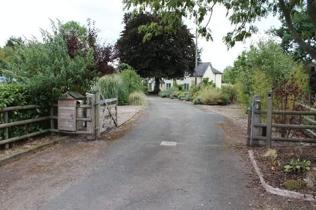 Frostfields, Silver Lane, Marchington, Uttoxeter - Image 23