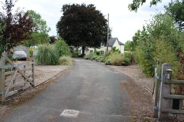 Frostfields, Silver Lane, Marchington, Uttoxeter - Image 24
