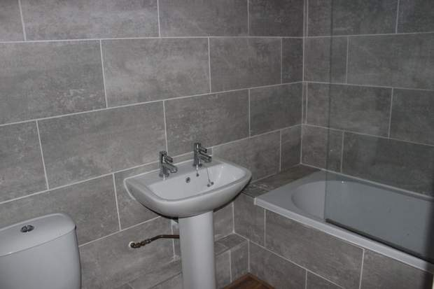 58, Stone Road, Uttoxeter - Image 5