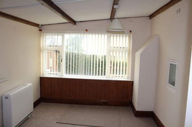 Highfield Lodge, Fox Lane, Elmhurst, Lichfield - Image 4