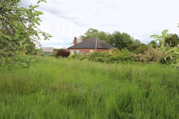 The Bungalow, Walsall Road, Pipehill - Image 2
