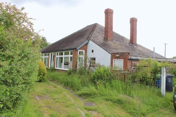 The Bungalow, Walsall Road, Pipehill - Image 5