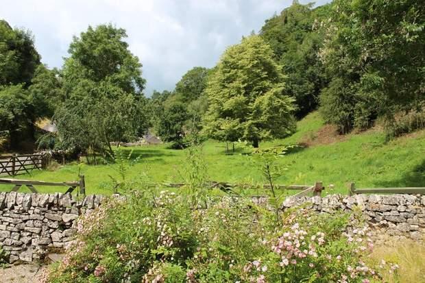 1 Rose Cottage, Mill Dale, Alstonefield, Ashbourne - Image 4