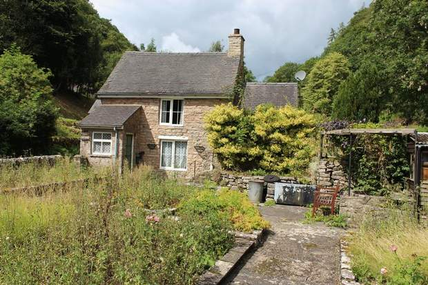 1 Rose Cottage, Mill Dale, Alstonefield, Ashbourne - Image 1