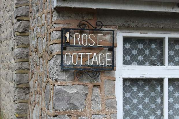 1 Rose Cottage, Mill Dale, Alstonefield, Ashbourne - Image 13