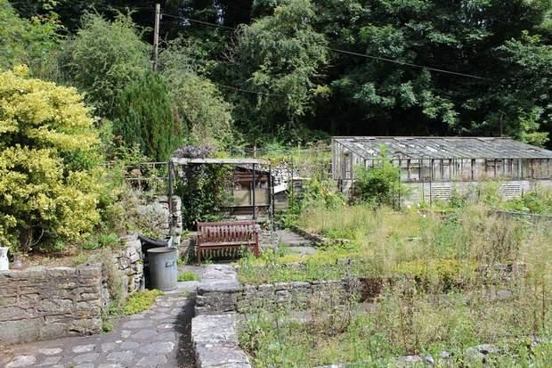 1 Rose Cottage, Mill Dale, Alstonefield, Ashbourne - Image 7