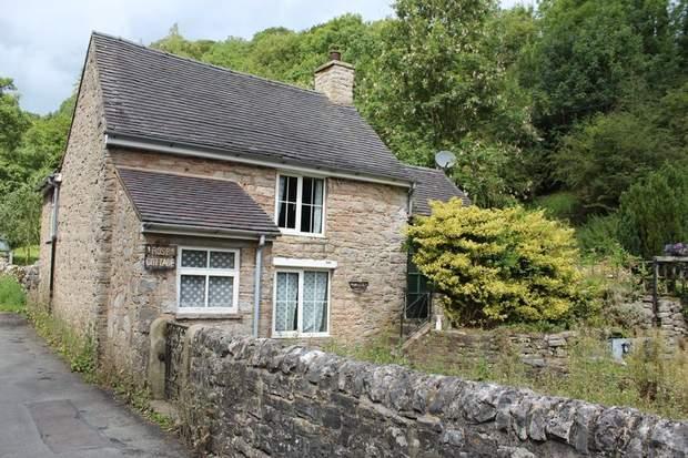 1 Rose Cottage, Mill Dale, Alstonefield, Ashbourne - Image 2