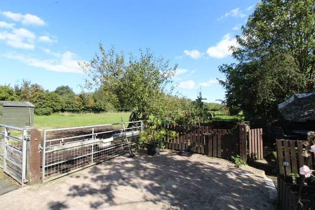 Netherdene, Church Broughton Road, Foston, Derby - Image 18