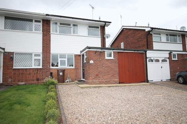16, Arden Close, Rugeley - Image 1