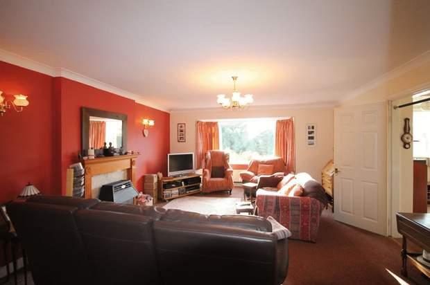18, Ashleigh Crescent, Wheaton Aston, Stafford - Image 3