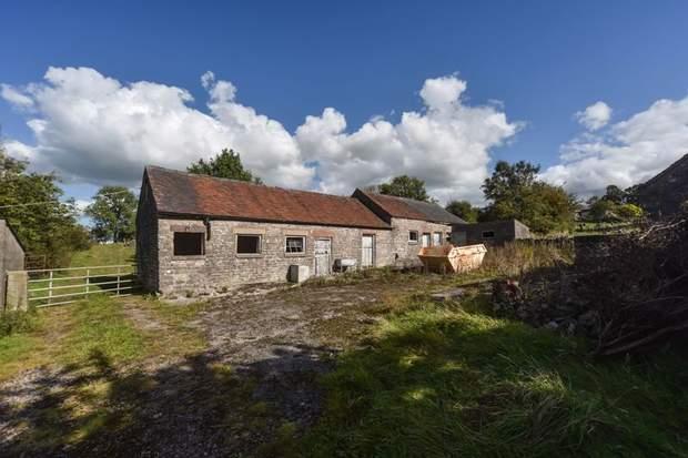 Lower Green House Farm, Green Lane, Calton, Stoke-On-Trent - Image 3