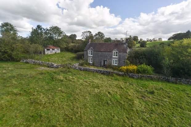 Lower Green House Farm, Green Lane, Calton, Stoke-On-Trent - Image 2