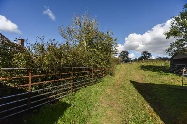 Lower Green House Farm, Green Lane, Calton, Stoke-On-Trent - Image 9