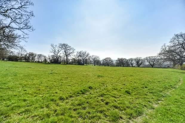 Church Farm, Hazelwood Hill, Hazelwood, Belper - Image 12