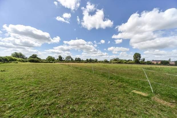 Lower Fieldgate Farm, Sutton-On-The-Hill, Ashbourne - Image 14