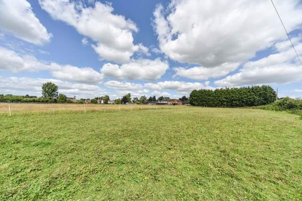 Lower Fieldgate Farm, Sutton-On-The-Hill, Ashbourne - Image 13