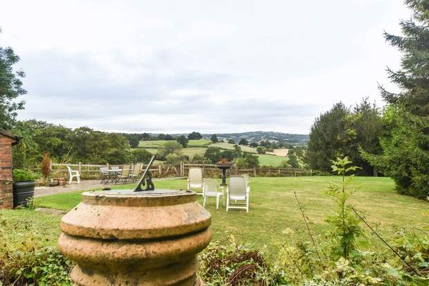 Middleton Farm Cottage, Collycroft, Clifton, Ashbourne - Image 3