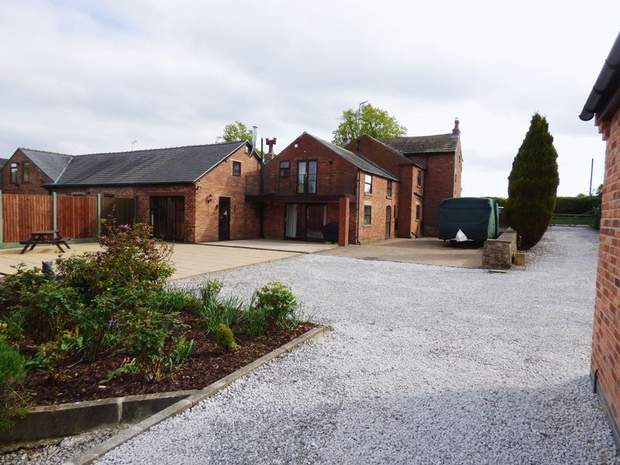Park Lane Farm, Park Lane, Shirland, Alfreton - Image 2